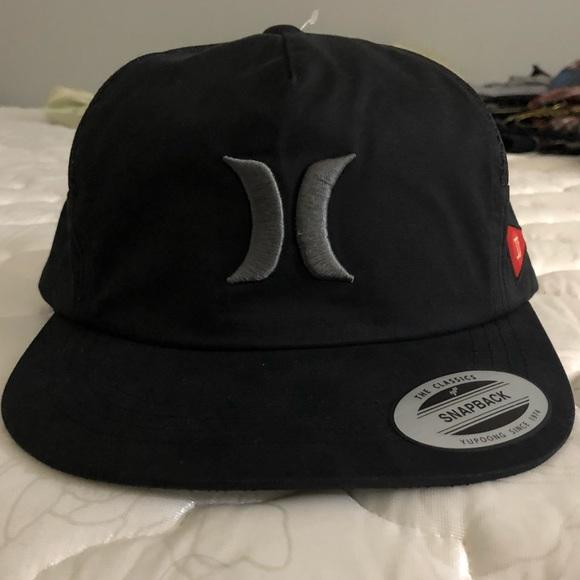 7d7d447a53181 Hurley Jacare Trucker Hat